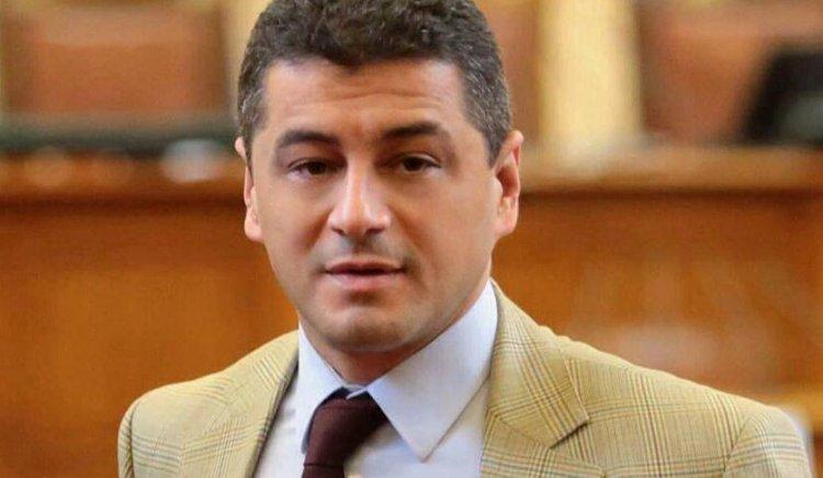 Красимир Янков: Поведението на Атанас Атанасов не е в синхрон със заеманата от него длъжност