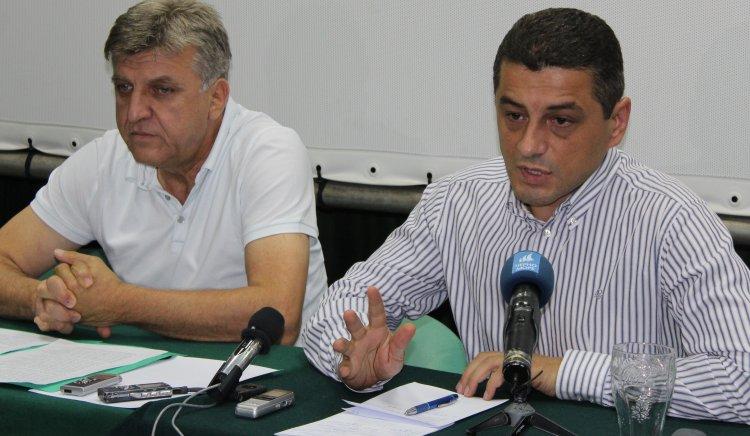 Усвояването на средствата за саниране ще се забави сериозно, предупредиха Красимир Янков и Манол Генов