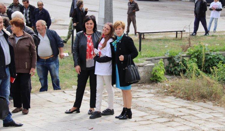Корнелия Нинова: Кметовете на БСП работят за жителите, а тези на ГЕРБ - за роднините и фирмите си