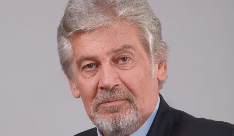 Проф. Стефан Данаилов: Първото, което трябва да се направи, е да спрем бягството на млади талантливи деца от страната